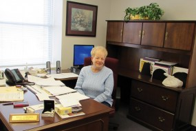 Rawlings Retires After 46 Years at Farmers State Bank