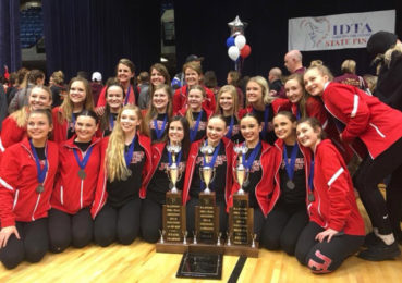 JHS J'ettes Display Energy and Excellence