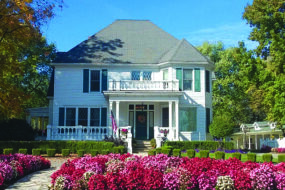 GREENE GABLES INN NAMED TO THE KNOT BEST OF WEDDINGS HALL OF FAME 2021