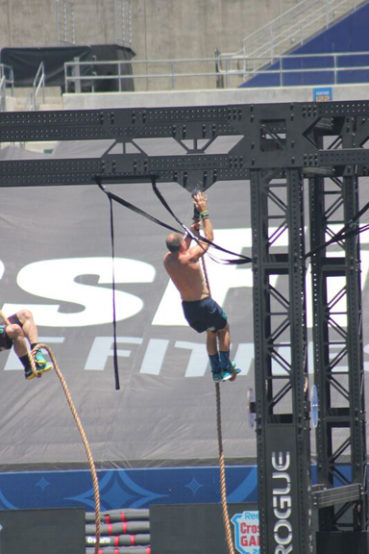 Stephen King participates in world crossfit games