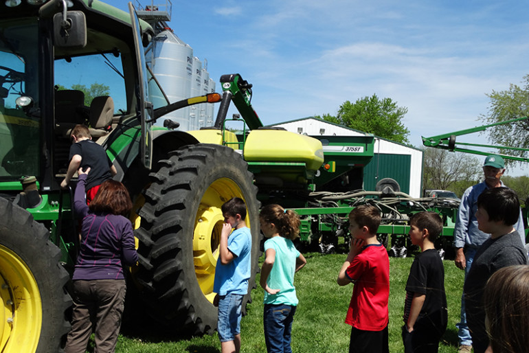 Fourth-graders enjoy the farm