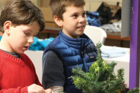 Woodhaven Volunteer Hospice's 2014 Festival of Trees and Wreaths