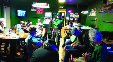 Local musician tells Irish tales
